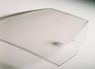 Dank der kratzfesten Beschichtung zeichnet sich Cleargard durch hohe Kratzfestigkeit sowie eine optimale optische Qualität aus.