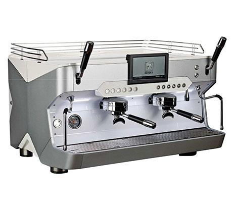 Für Kaffeemaschinen stellt Plastrance lichtdurchlässige Teile her.