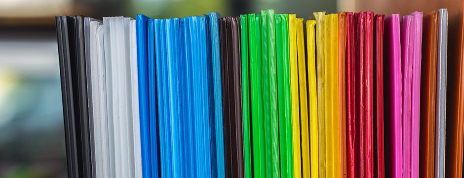Plastrance verarbeitet zahlreiche Kunststoffe: Polycarbonat (PC), Methacrylat, Akryl, PMMA, ABS, Polystyrol, PVC …
